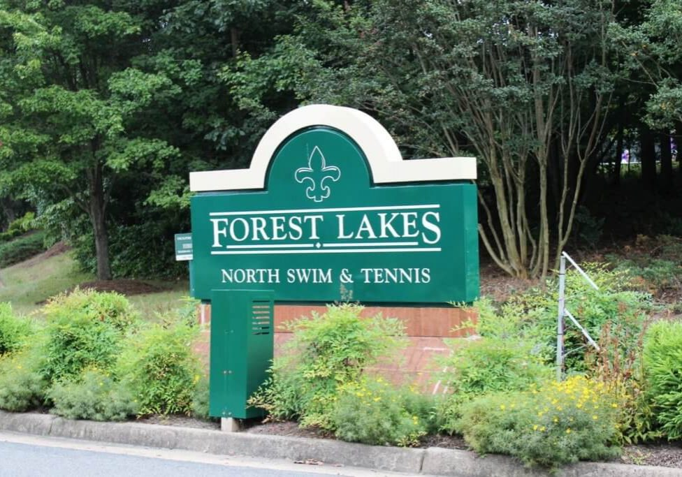 Forrest Lakes (7)